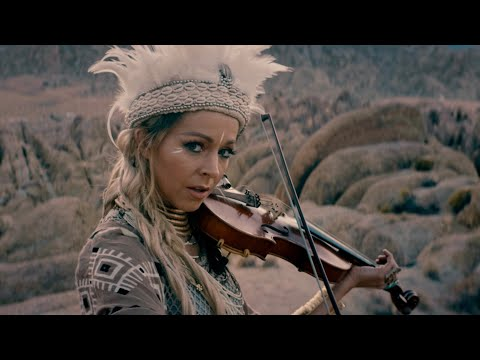 Lindsey Stirling presento su nuevo video 'We Three Gentlemen'