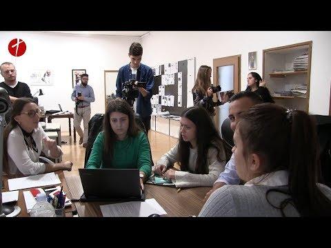 Posjet učenika FKG-a redakciji