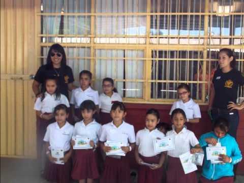 Melissa Valenzuela, Talleres de mineralogía para niños.