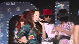 [HD] 2NE1- Pretty Boy Live