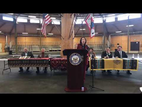 Cantwell%20Spokane%20Tribe%20Celebrate%20Historic%20Signing%20of%20Legislation%20to%20Compensate%20Tribe%20for%20Lost%20Land