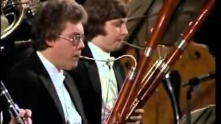 BEETHOVEN   Symphony No  4   LEONARD BERNSTEIN 1