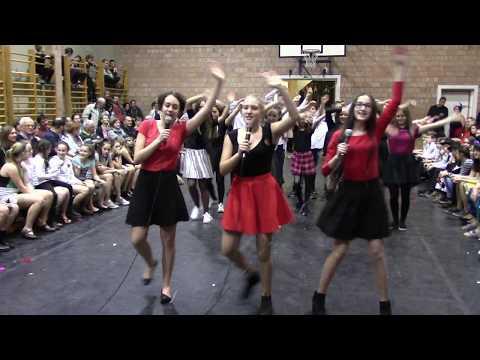 Bartók farsang 2018 - 7. osztály - Mamma Mia letöltés