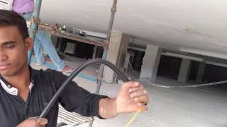 Universal conduit fail at extreme conditions