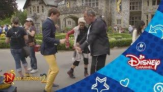 Následníci(Descendants) - V zákulisí: Génius. Na  Disney Channel!