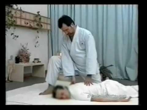 Video di esercizio per un dorso a scoliosis e osteochondrosis