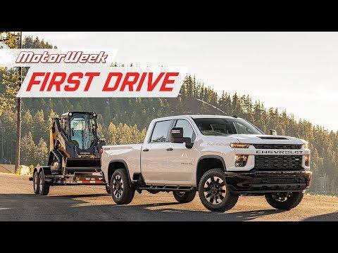 External Review Video QNvlKGwdHKg for Chevrolet Silverado 2500HD & 3500 HD Heavy Duty Pickups (4th Gen)