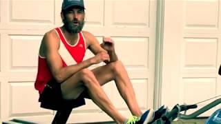 Советы Джоша Кросби о гребле. На этом видео, Джош Кросби использует гребной тренажер FDF.