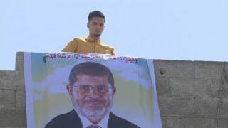 شاهد: غزة تنعى رحيل الرئيس المصري السابق محمد مرسي