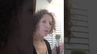 Nontoxic Make-Up Brush Cleaning