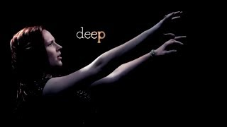 """""""Rolling in the Deep"""" in American Sign Language (Amber Zion)"""