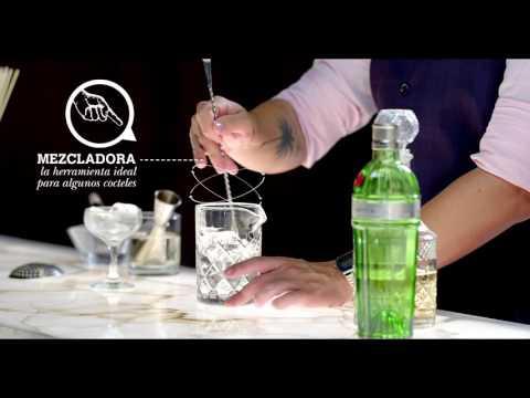 Cómo usar un mezclador en la coctelería