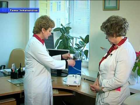 Gydytojas gydo hipertenziją