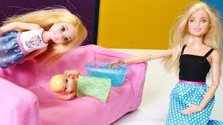 Barbie Ailesi. Chelsea Kardeşi Bebek Ateşleniyor