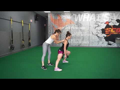Dumbbell Alternating Side Lunge