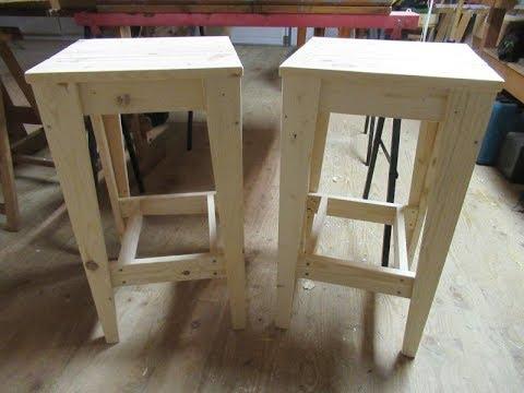 Barhocker aus Palettenholz