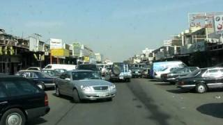 preview picture of video 'Expat's nightmare! Crazy driving and traffic in Shuwaikh at high noon!'
