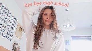 "a ""i'm done with high school"" morning routine VLOG"