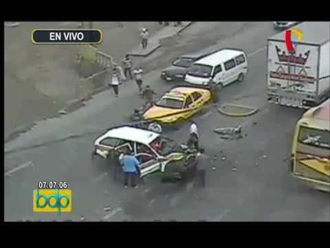 Ventanilla: cámaras de seguridad captan atropellos a peatones imprudentes