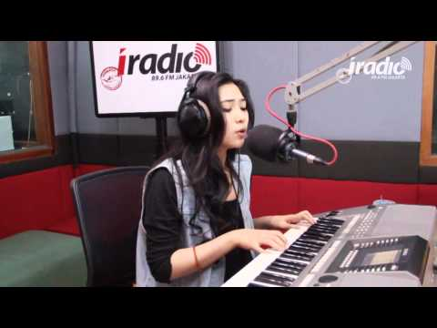 Keep Being You - Isyana Sarasvati Di Indokustik Masih Sore Sore - 896IradioJakarta