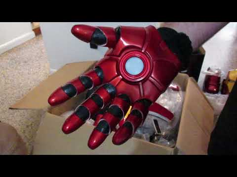 Unboxing review Joetoys Iron Man MK43 costume armor part 2