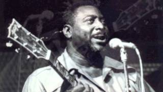 """Video thumbnail of """"Albert King - I'm Gonna Call You As Soon As the Sun Goes Down"""""""