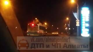 Езда автобуса без правил, Алматы. 22.01.17