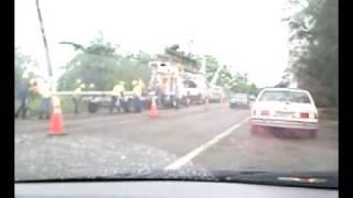 preview picture of video 'Aparente tornado en Loiza - estragos parte 4'