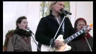 """Гаївки від """"Країни мрій"""" у Пирогові 22 квітня 2007 р часть 2"""