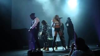 Tinashe Far side of the moon live
