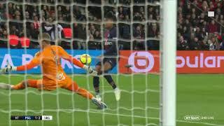 PSG   Strasbourg Eric Maxim Choupo Moting