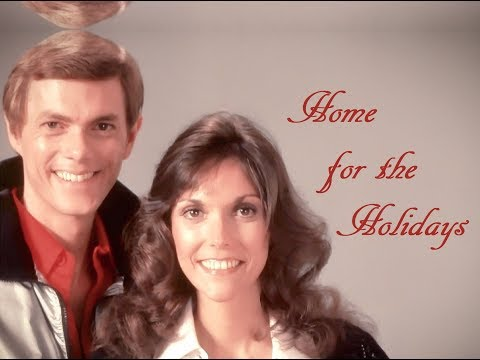 """(There's No Place Like) Home For The Holidays"" (Lyrics) ❄️ THE CARPENTERS  ? Karen ♫ Richard"