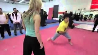 Девушки тоже умеют драться