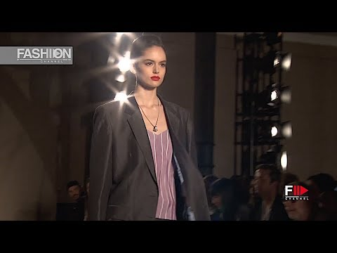 PAUL SMITH Spring Summer 2019 Menswear Paris - Fashion Channel
