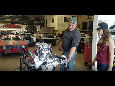 385 Small Block Chevy Engine