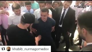 Хабиб нурмагомедов ударил фаната, встреча с болельщиками в г.душанбе 2017