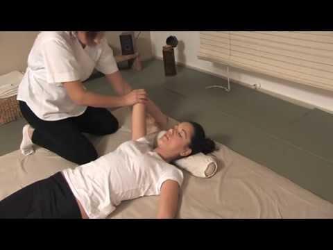 Esercizio ernia della colonna vertebrale toracica di Bubnovsky