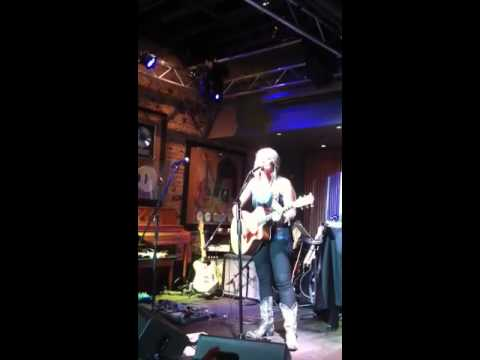 Blair Simpson singing Southern Boys, opening for Cowboy Troy