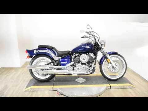 2005 Yamaha V Star® Custom in Wauconda, Illinois - Video 1