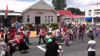 Warkworth Santa Parade 2011