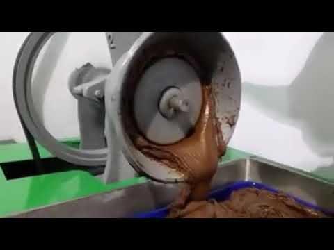 MOLINO DE NIXTAMAL , MOLIENDO CHOCOLATE