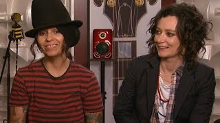 EXCLUSIVE Watch <b>Linda Perry</b> Sing To Her And Sara Gilberts Baby Boy