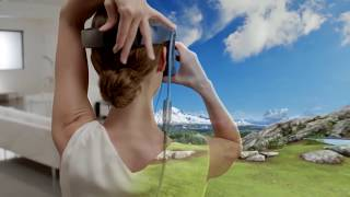 VRoamer: Generating Virtual Reality Experiences While Walking in a Large Unknown Real-World Building