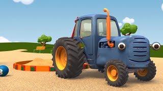 Развивающие мультики про машинки - Синий Трактор Гоша - Куличики из песка | Большое и маленькое