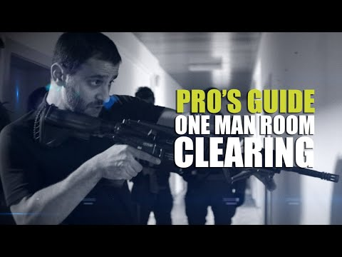Pro's guide to CQB | One man room clearing - YouTube