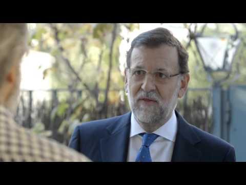 hqdefault - Mariano Rajoy te da las gracias...