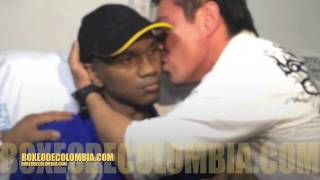 "Jorge ''Travieso Arce "" Visita A Jose Carmona En BOXEODECOLOMBIA COM"
