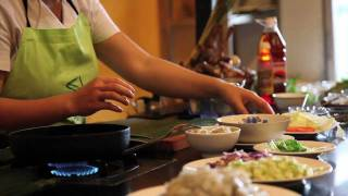 preview picture of video 'Morning Glory Cooking Class, Hoi An. Vietnam'