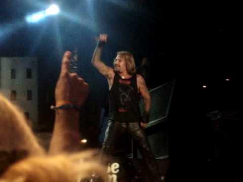 Mötley Crüe - Live Wire