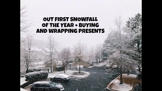 First Snowfall + Wrapping Presents || Vlogmas Day 8 | Alyssa Michelle - Video Youtube